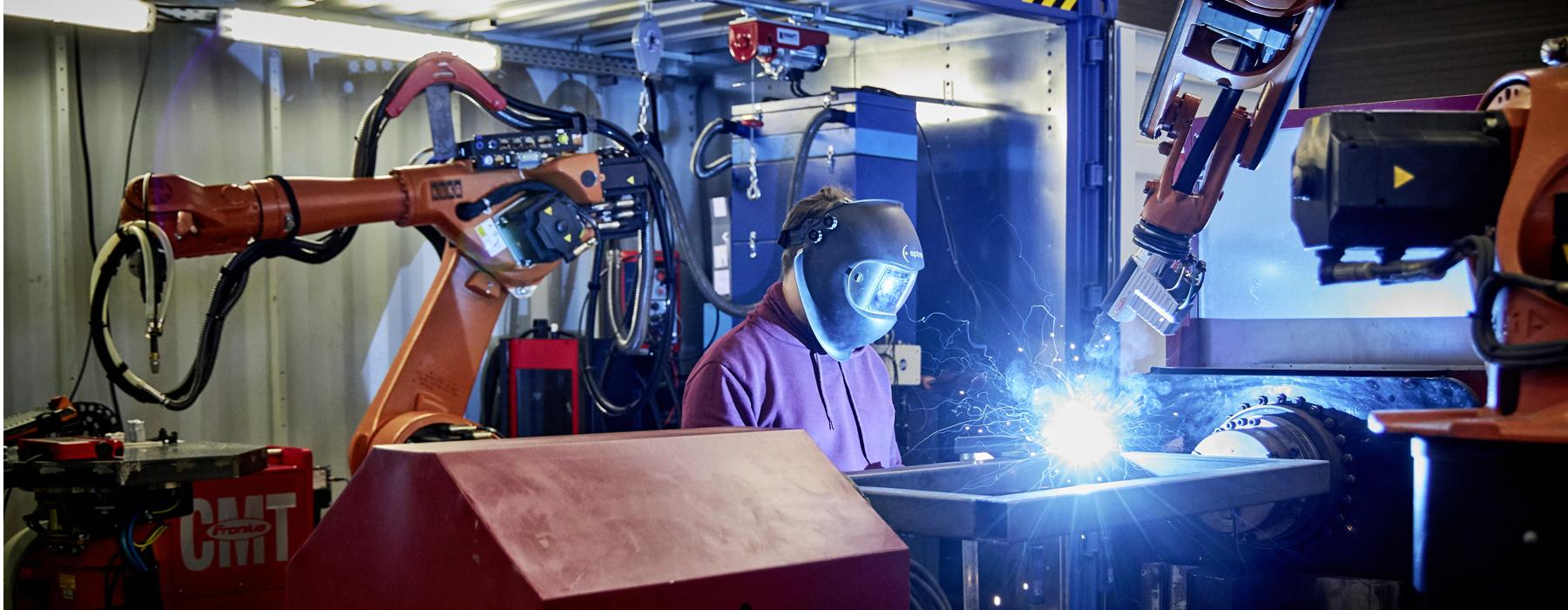 Skilled workers in laser welding